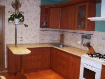 Кухонная барная стойка в маленькой кухне