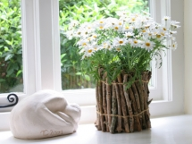 Кашпо для цветов из подручных материалов