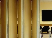 Межкомнатные складные двери фото