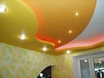 Цвет многоуровневого потолка
