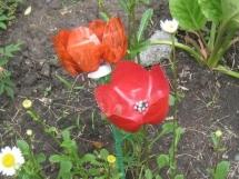 садовые поделки из пластиковых бутылок цветы