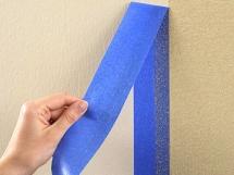 Покраска стен в квартире, использование малярной ленты