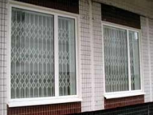 раздвижные решетки на окна фото