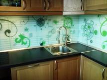 стеновые панели для кухни из стекла для фартука