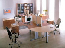фото офисных столов для персонала