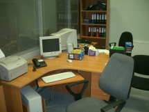 стол угловой офисный фото