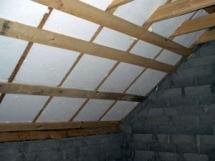 утепление мансардной крыши деревянного дома пенопластом