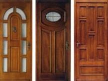 дешевые деревянные входные двери эконом класса