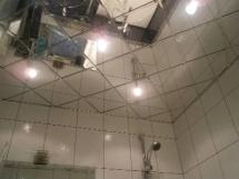 зеркальная плитка для ванны фото