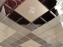 Зеркальная плитка в интерьере квартир