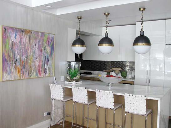 стеклообои на стенах в кухне