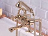 Смеситель с душем в ванную