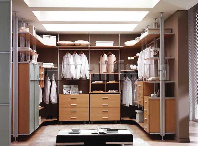 Вместительная гардеробная система
