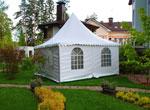 Летний шатер у загородного дома